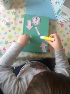 hickory dickory dock craft