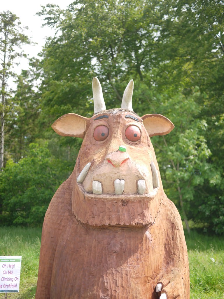 the gruffalo sculpture - the gingerbread house