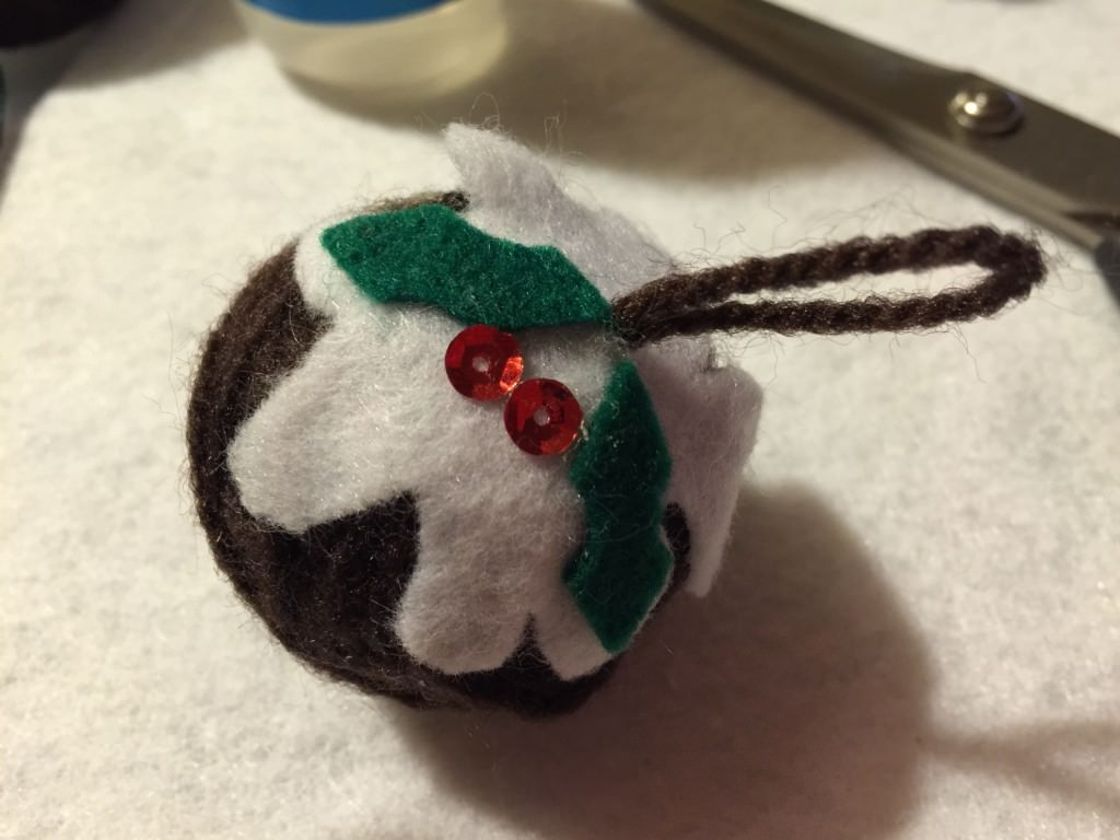 No sew Christmas pudding ornaments