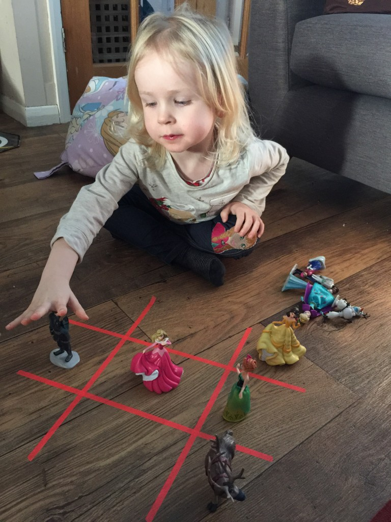 make your own noughts and crosses