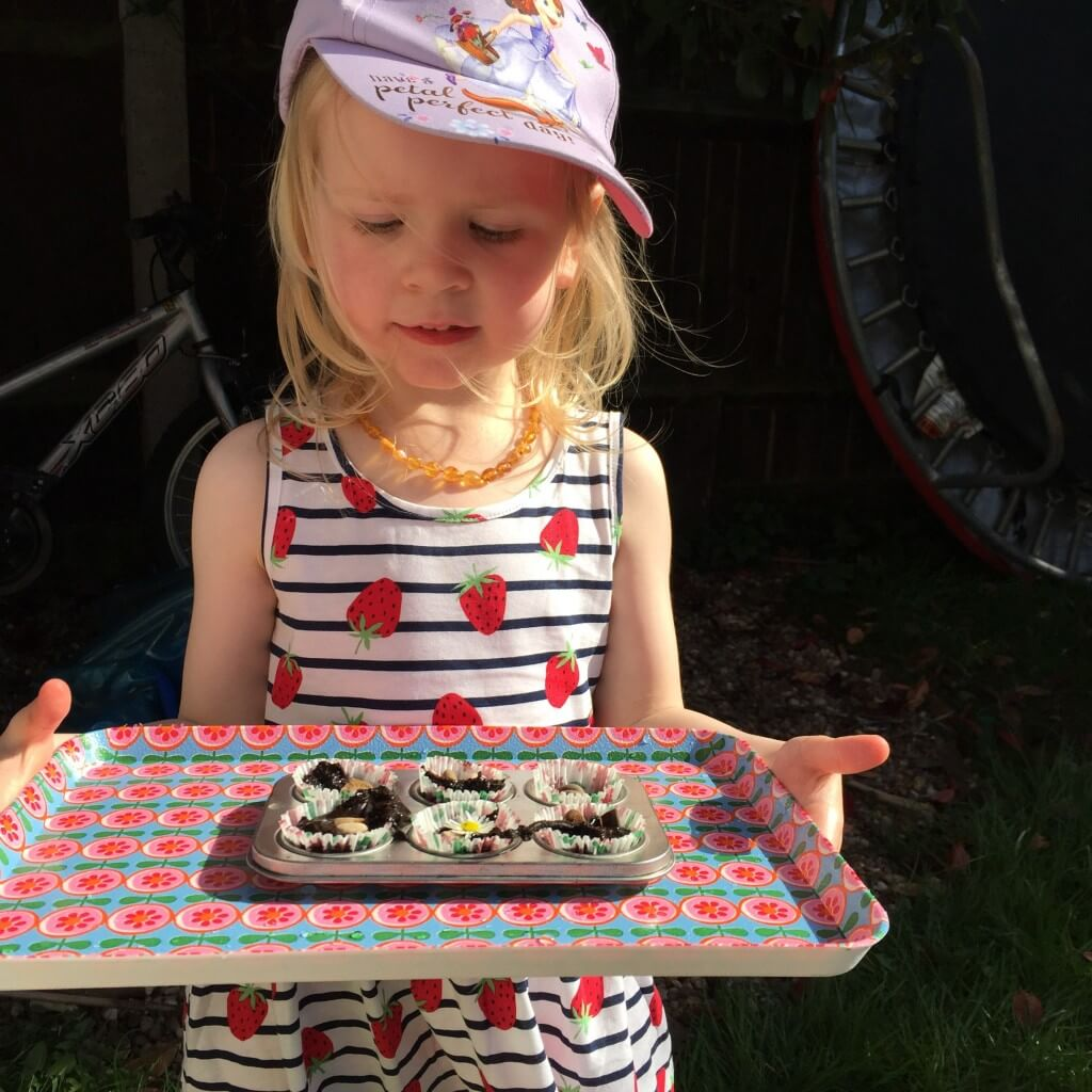 easy mud pies for a fairy garden