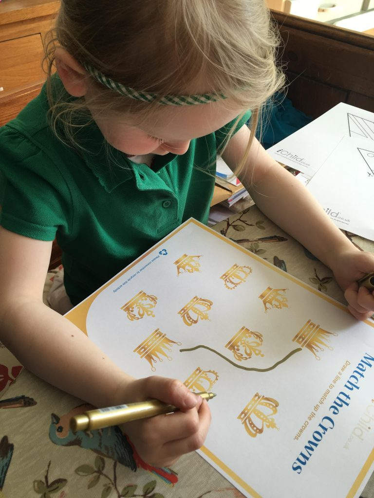 iChild Activity Print Outs and Crafts